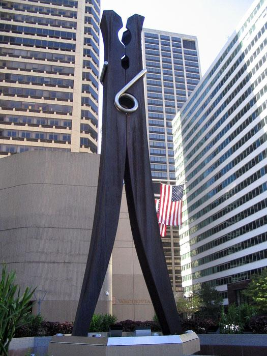 Claes Oldenburg, Clothespin