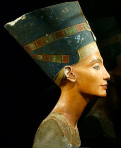 Nefertiti profile